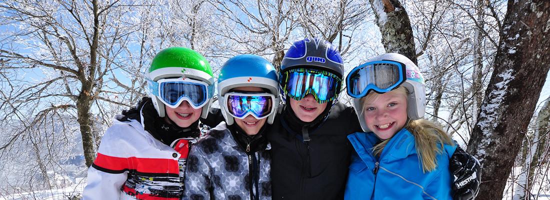 friends_skiing