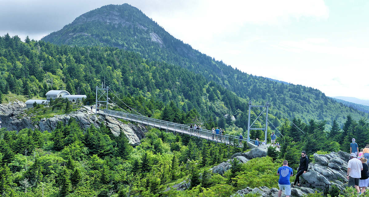 Grandfather Mountain & Mile High Swinging Bridge