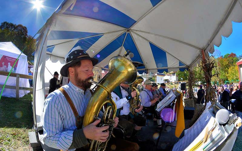 Oktoberfest Sugar Mountain Band