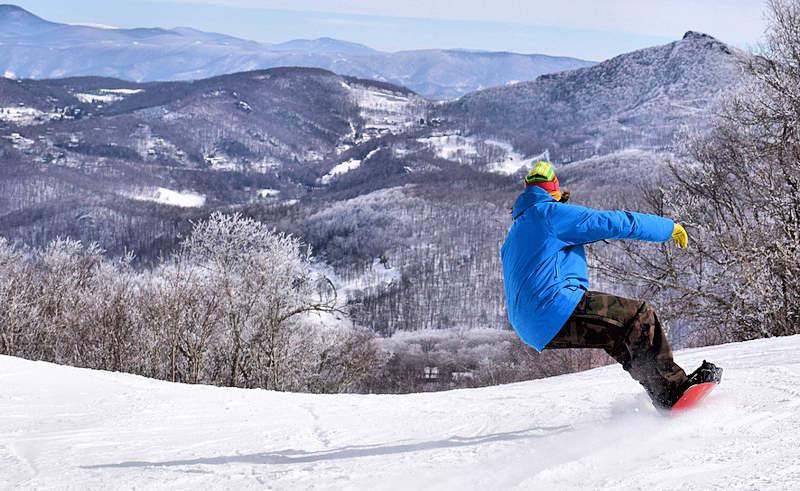Snowboarding Sugar Mountain