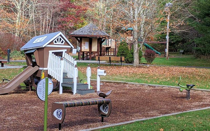 Tate Evans Park Playground