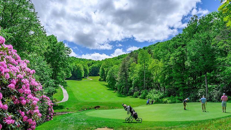 Public Golf at Sugar Mountain NC
